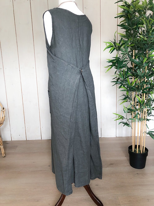 Linen Maxi With Button Back