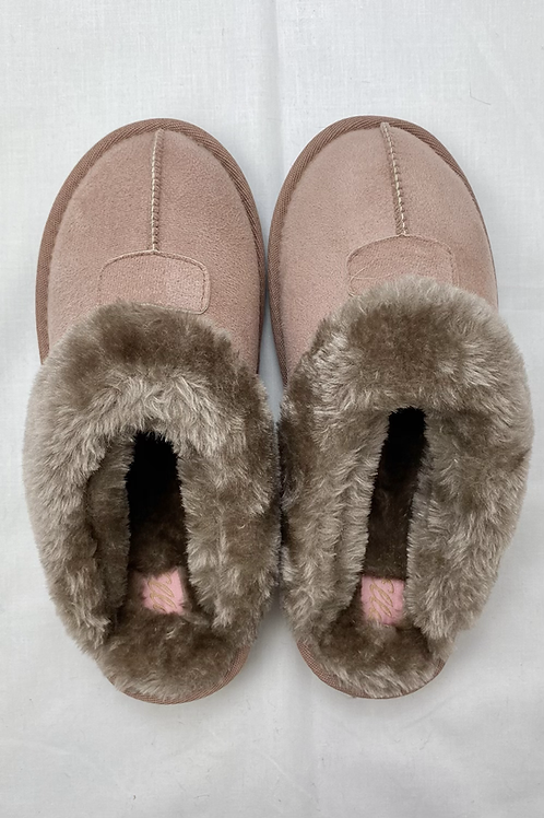 Dusty Pink Fluffy Slippers