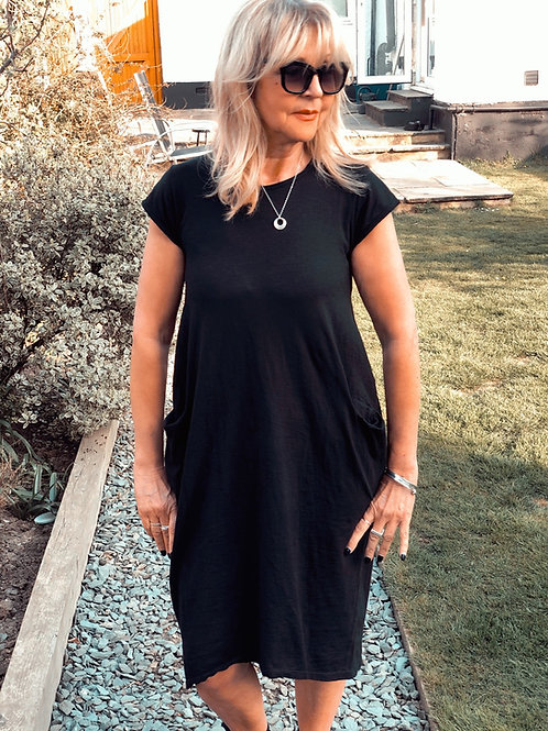 Cotton Dress With Pockets in Black
