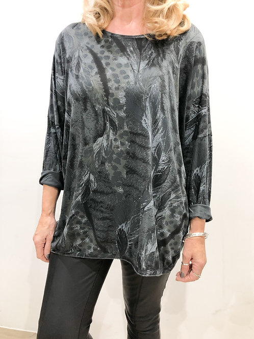 Lightweight Feather Print Top