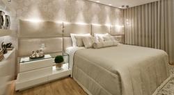 Cabeceira de cama em couro