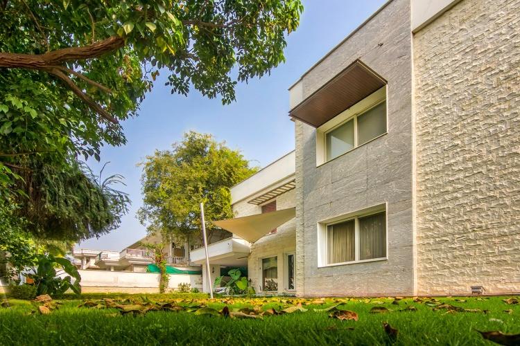 Luxury Home, F-10/4 Islamabad