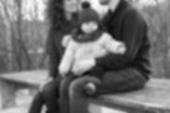 Photo de couple lifestyle en extèrieur friche, gare désaffectée, urbain, tags, graff, hauts de seine, meudon