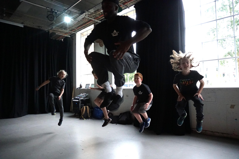 BOYS DANCE 2018