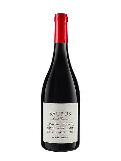 Saurus Barrel Select Pinot Noir, Schroeder