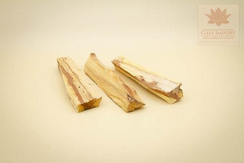 palo santo bois sacré Pérou Amazonie gaia import boutique de l'encens