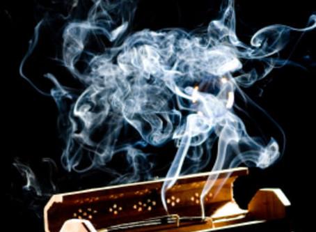 Encens : attention aux particules toxiques pour les poumons