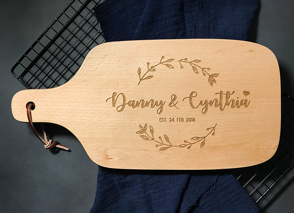Wedding Wreath Engraved Chopping Board (Over 1/4)