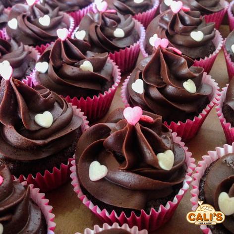 Cupcake com ganache de chocolate