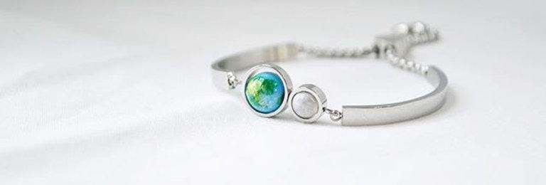 淺藍地球 x 月亮手鐲 -- 銀色