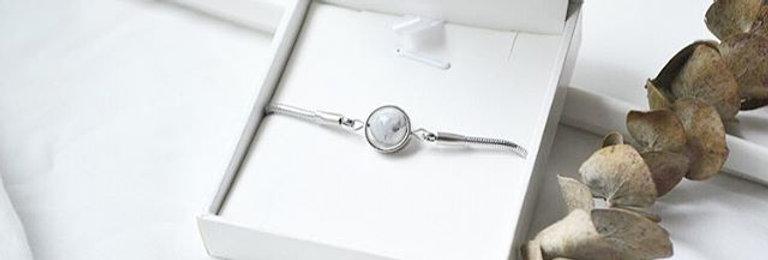 月亮手鍊 -- 銀色