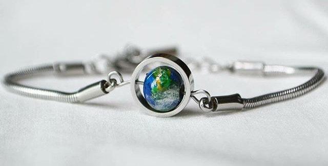 地球手鍊 -- 銀色
