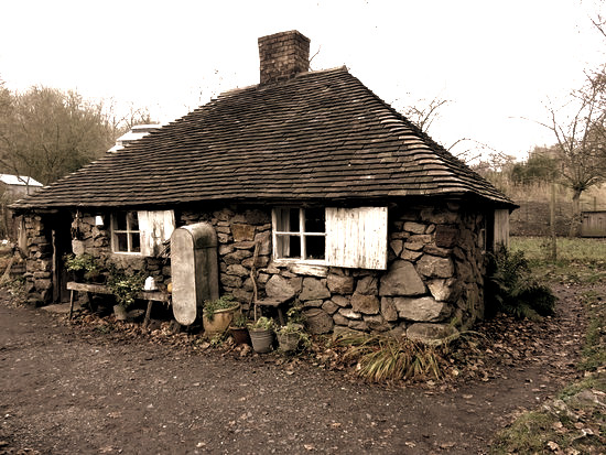 squatters-cottage_edited.jpg