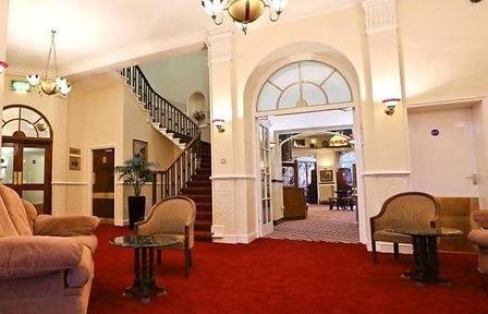 Station-Dudley-Hotelhalle-1-223824.jpg