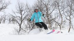 pudder_offpiste_bjorli_skiskole_norge_4