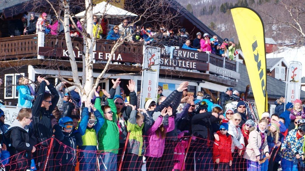 kafe_varmestue_mat_t-kroken_bjorli_skisenter_bjorli_skiskole_norge_25