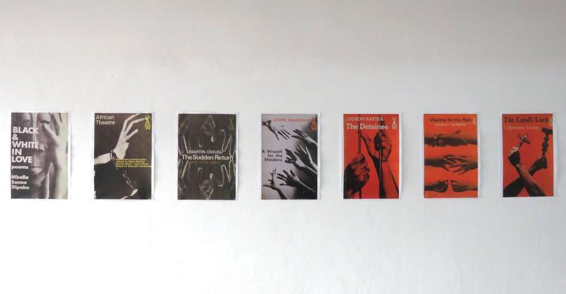 Agrandissements de couvertures de livres Heinemann – African Writers Series. Design: George Hallett