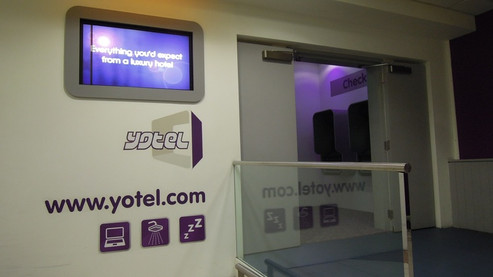 REVIEW:  YOTEL London Heathrow Airport Standard Cabin