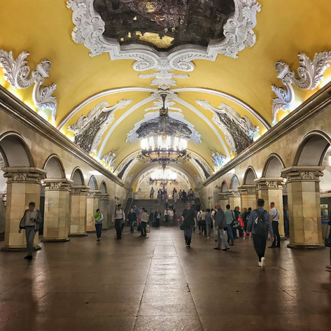 PHOTO:  A Guide To Moscow's Most Beautiful Metro Stations