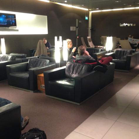 REVIEW:  Lufthansa Economy Class Munich - Berlin