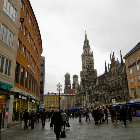 PHOTO:  A Rainy Meander In Munich