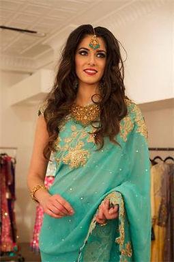 Indian bride, bridal styling, cultural attire, wavy hair, soft wedding hair, tikka