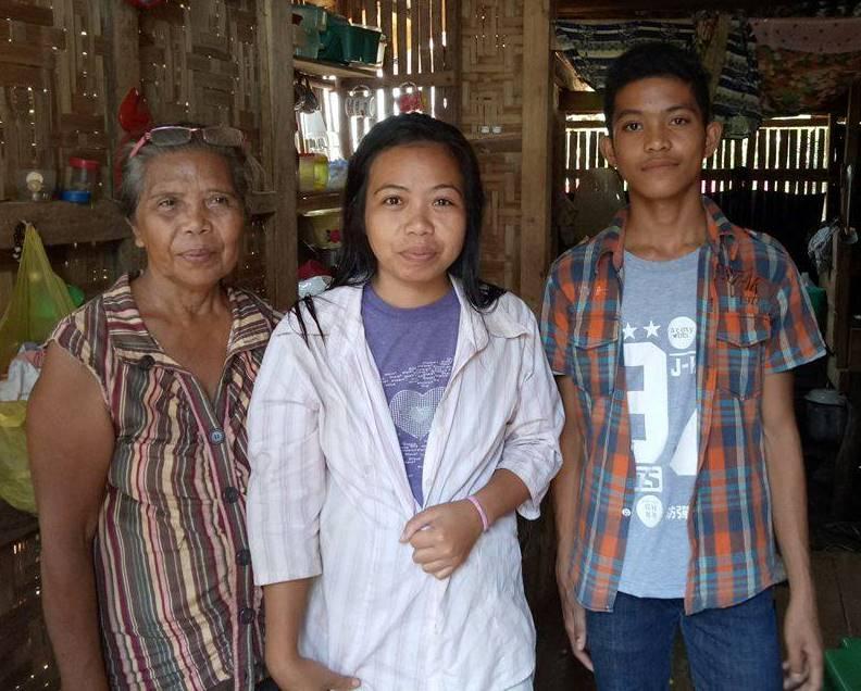 Family Visit 04