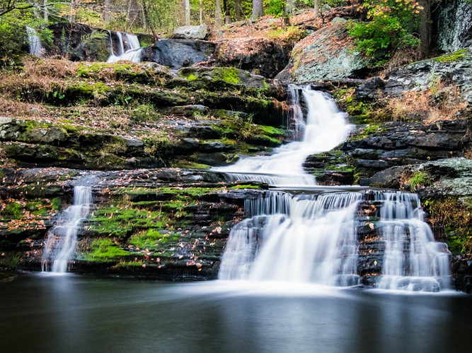 Vertical Radical Symmetry Delaware Water