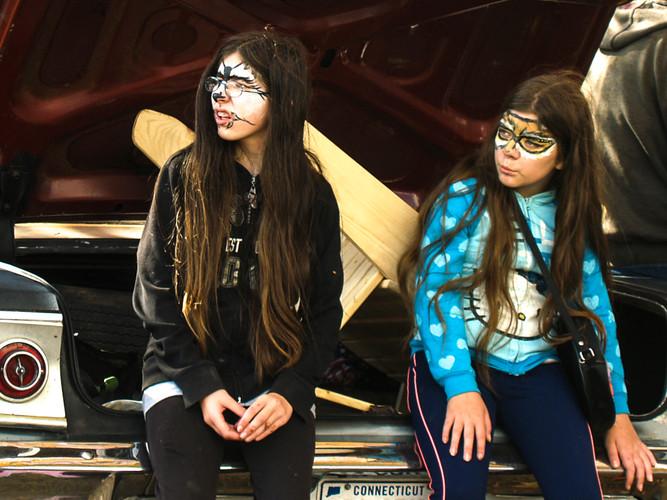 Sitting in a Chevrolet trunk_Donald Brun