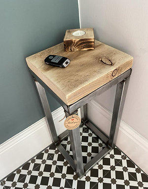 SMALL INDUSTRIAL SQUARE SIDE TABLE