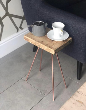 THE ANT SIDE TABLE
