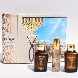 Thinking about a Christmas gift? Holy Shaya's Origin Oil Pack might be an option to consider.