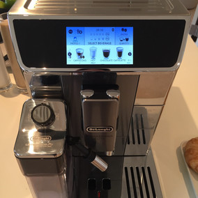 DeLonghi Barista-quality Coffee at the Touch of a Button Thanks to PrimaDonna Elite