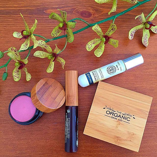 World Organic Natural Makeup and Cosmetics