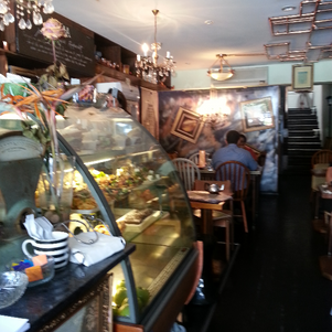 A great cafe and restaurant in Darlinghurst which won't break the budget