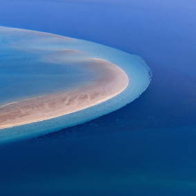 Girt By Sea Photography by Tony Hewitt and DenisGlennon AO