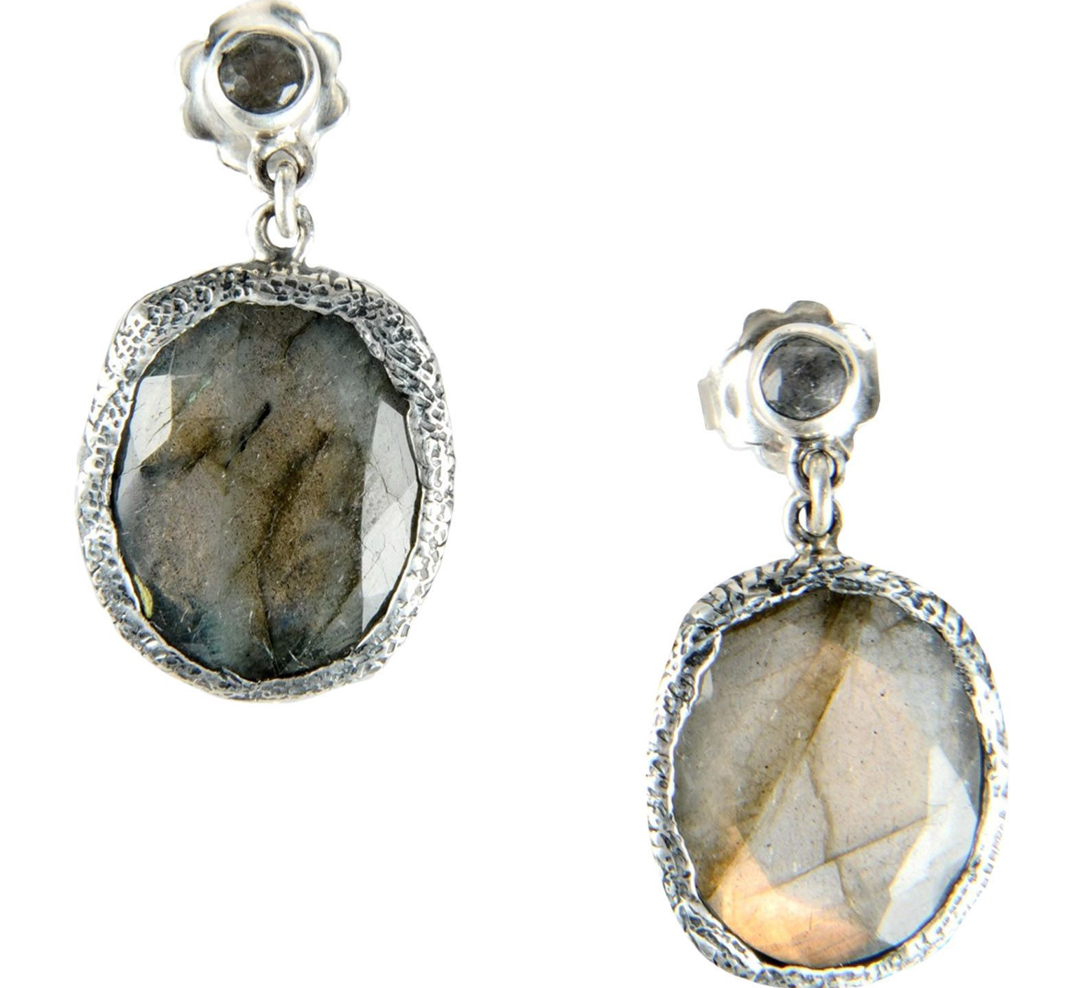 These gorgeous Jade Jagger silver and Labradorite will finish the look USD 530