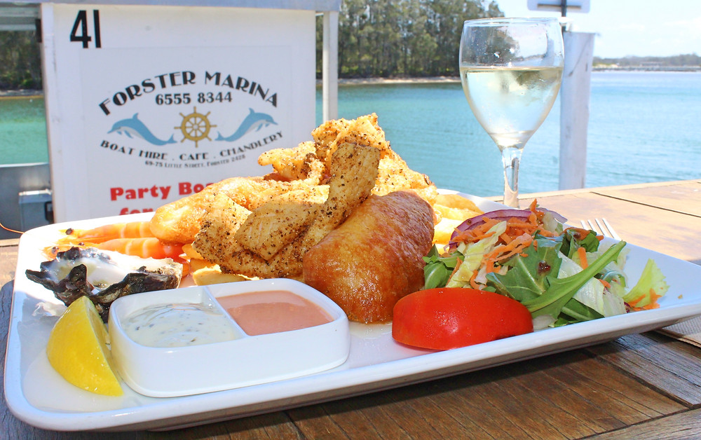 The Colonel's Cafe & Bar Forster Marina