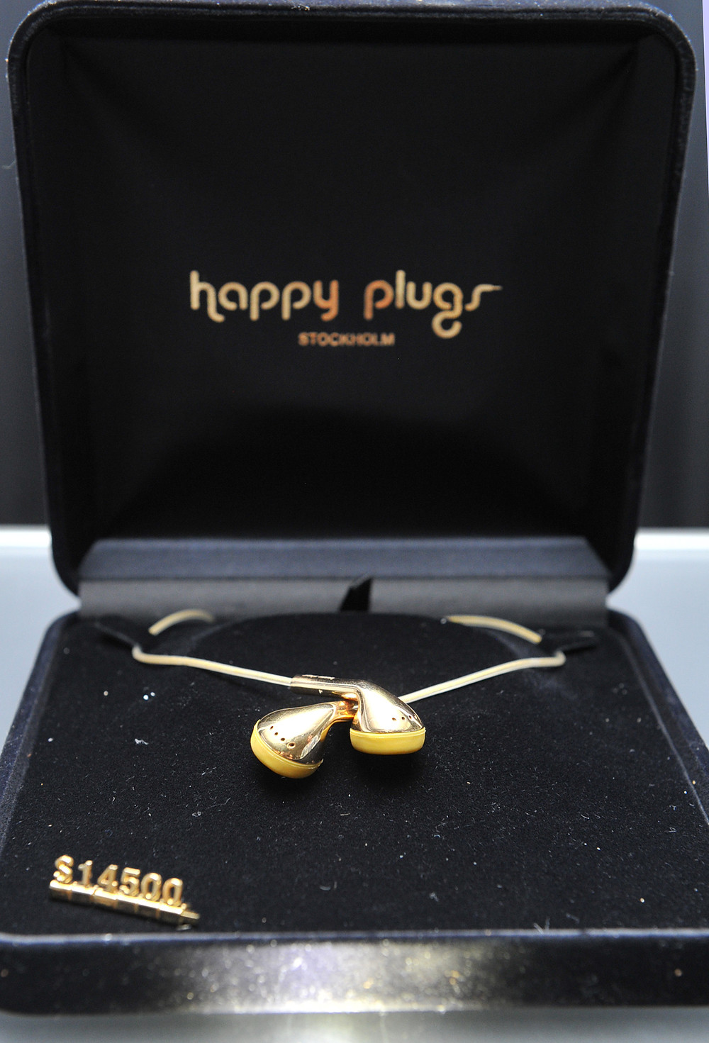HAPPYPLUGS_030.jpg