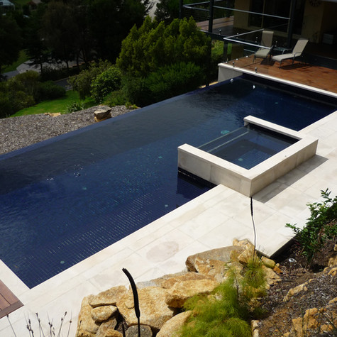 Sandstone Pool Applications