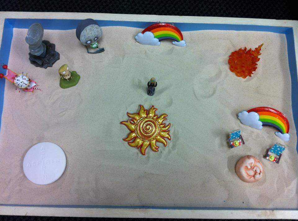 main line play therapy sandtray