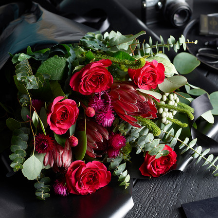 Red Roses Bouquet | Flowers | Treat Yourself