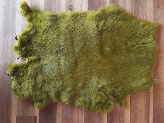 1 x Olive Fur Pelt