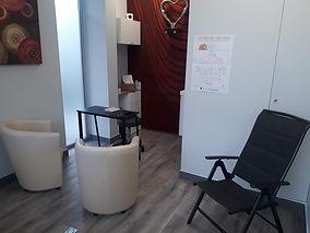 vue partie reception avec fauteuil.jpg