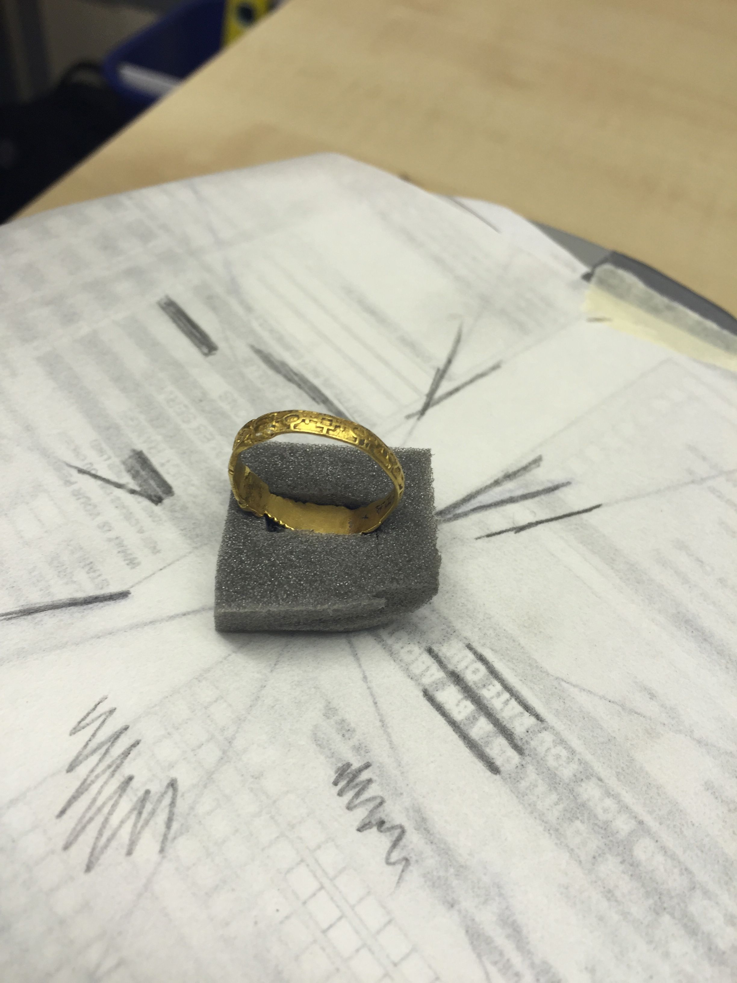 Skeleton ring to be 3D scanned