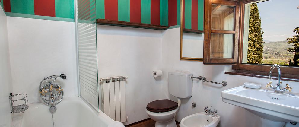 Bedroom 6: Edelweiss Bathroom