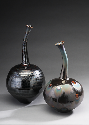 twin vase with Blue silver waves and Pea