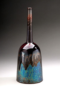 Bell shaped vase with iron glaze and blu