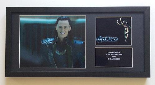 Tom Hiddleston TH32