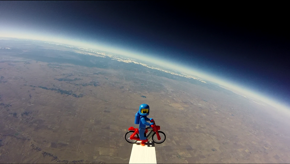 a-gopro-shot-of-the-rockies-from-space-via-a-weather-balloon